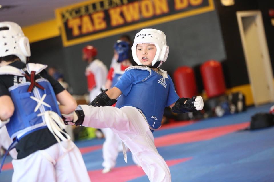 xtc taekwondo student sparring